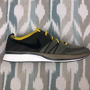 Nike Flyknit Trainer Bright Citron Black White